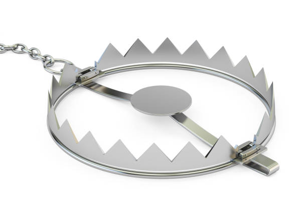 empty bear trap, 3d rendering isolated on white background - trappola foto e immagini stock