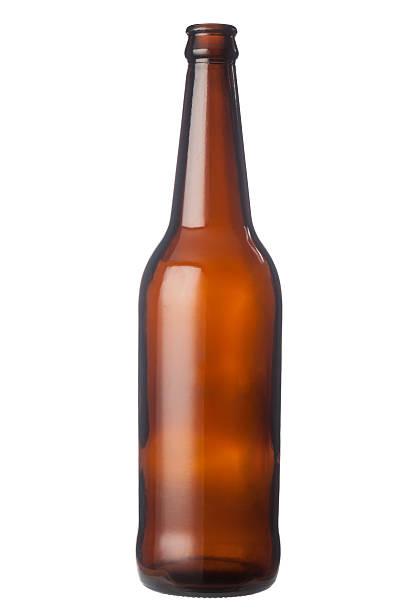 leere bierflasche - braunglasflaschen stock-fotos und bilder