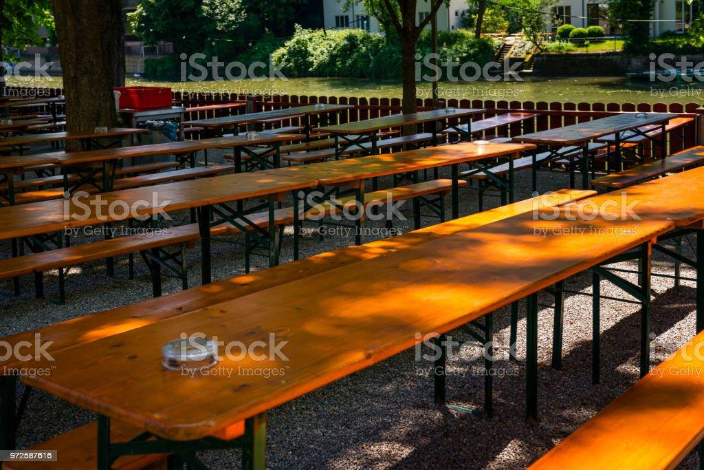 leeren Biergarten in Deutschland – Foto