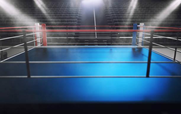 Ring de boxeo vacío en arena, spot luces, humo y la oscuridad nocturna - foto de stock