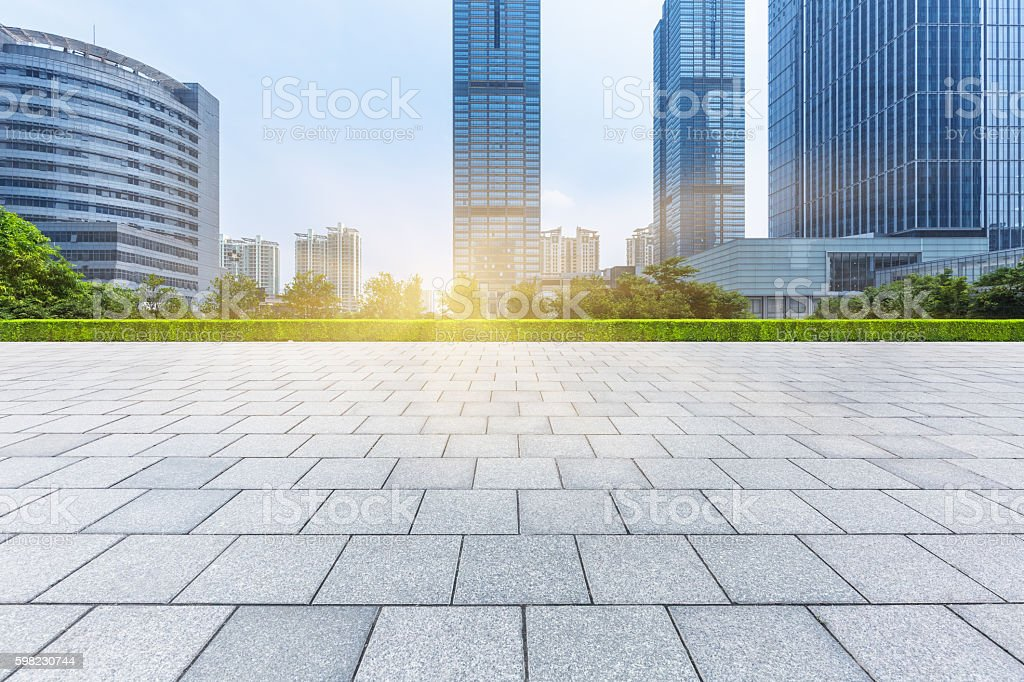 Empty brick floor with modern building foto royalty-free