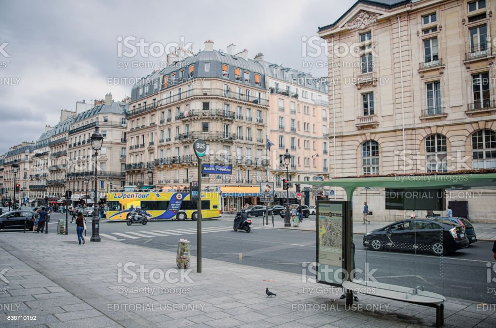 Empty bus stop Mairie du 5e-Pantheon stock photo