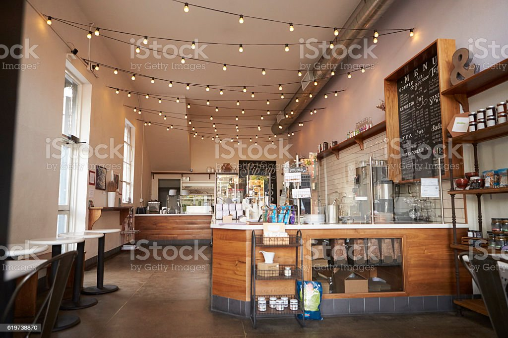 Empty cafe or bar interior, daytime - foto de stock