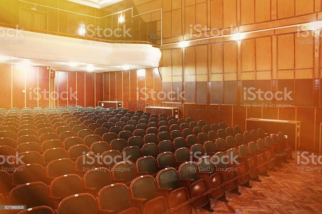 Teatro Le Sedie.Sedie Vuote In Cinema E Teatro Fotografie Stock E Altre