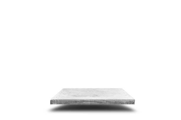 leere betontisch auf weißem hintergrund, vorlage für die anzeige ihres produktes mock. - naturstein terrasse stock-fotos und bilder