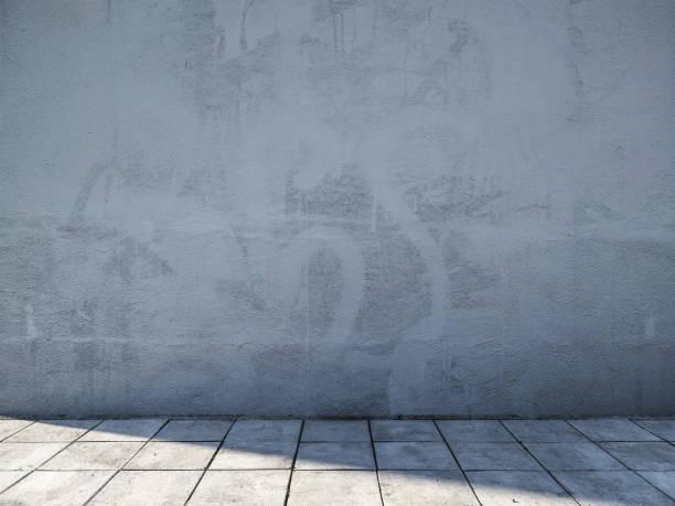 空のコンクリート都市通り - street graffiti ストックフォトと画像