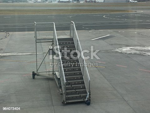 istock Empty connection staircase at an airport 964073404