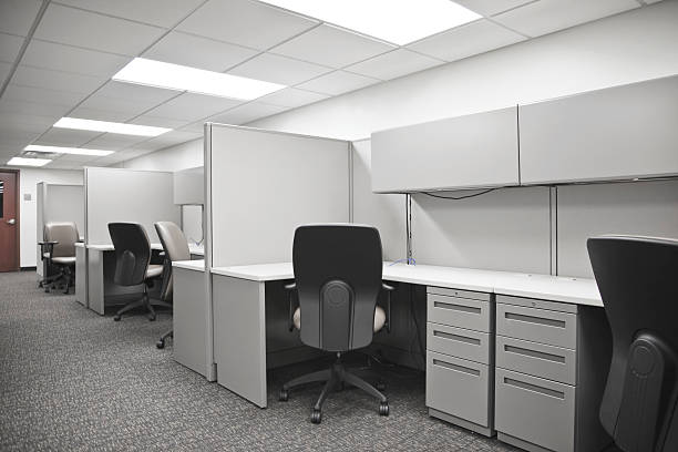 empty cubicle - office cubicle stock pictures, royalty-free photos & images