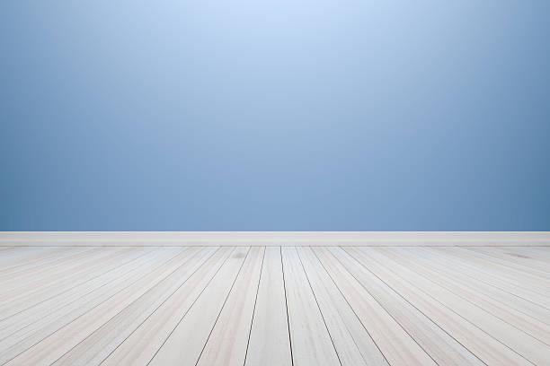 empty interior light blue room with wooden floor. - hellblaues zimmer stock-fotos und bilder