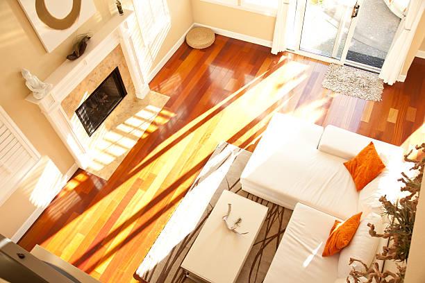 moderne leeren wohnzimmer von oben - feng shui einrichten stock-fotos und bilder