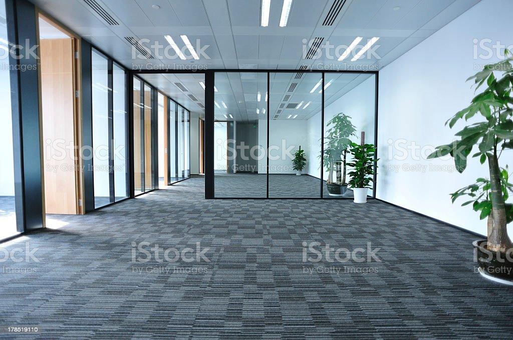 Pusty Pokój nowoczesny Biuro – zdjęcie