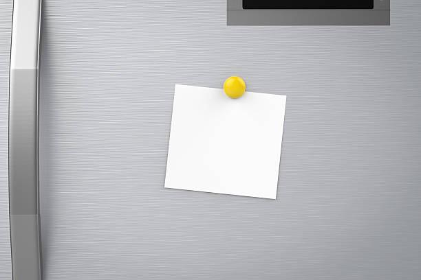 empty note on refrigerator - tutamak üretilmiş nesne stok fotoğraflar ve resimler
