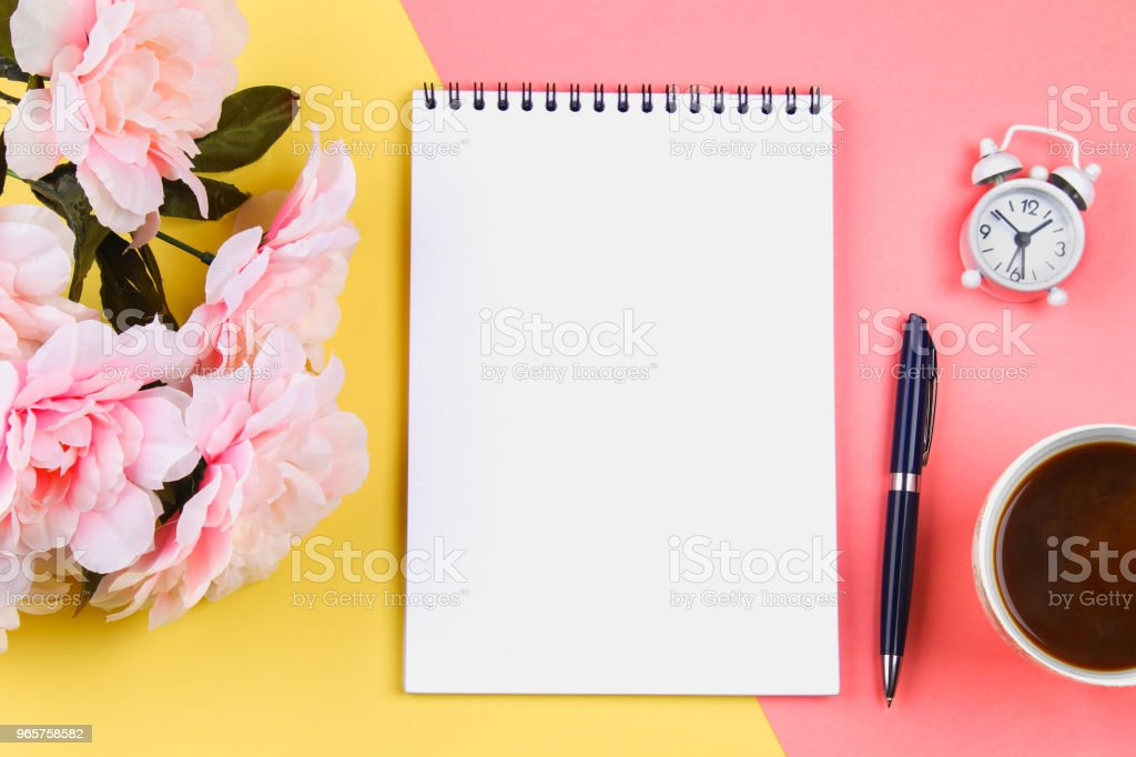 Empty notebook with blue pen on yellow-pink pastel background. mock-up, frame, template. - Royalty-free Alarm Clock Stock Photo
