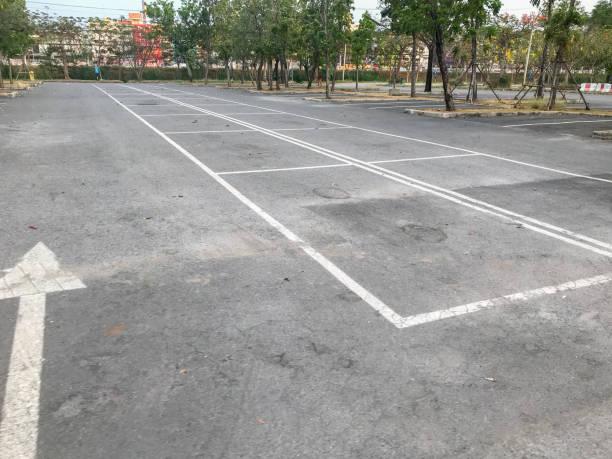 태국의 빈 야외 주차장 스톡 사진