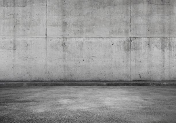 parcheggio vuoto, interni in cemento - calcestruzzo foto e immagini stock