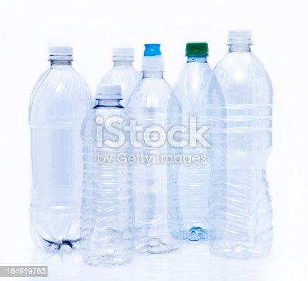 vide boire de bouteilles en plastique pr tes pour le recyclage photos et plus d 39 images de. Black Bedroom Furniture Sets. Home Design Ideas