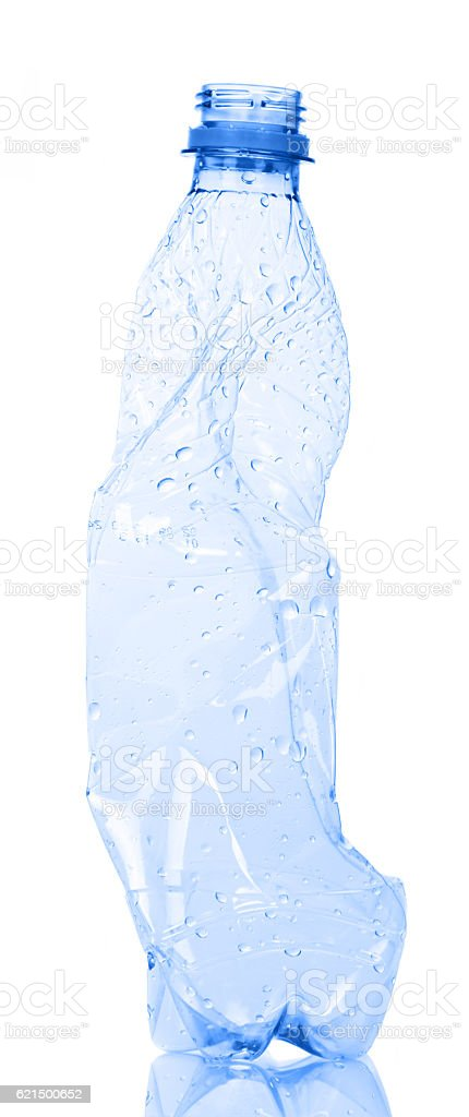 Empty plastic water bottle for recycling isolated on white. foto stock royalty-free