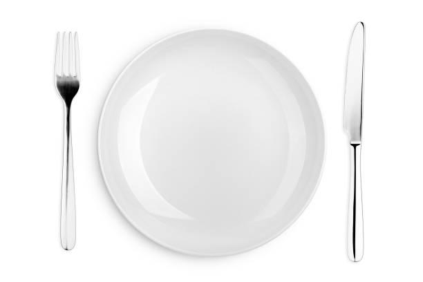 tom platta, gaffel, kniv, urklipps bana, vit bakgrund, isolerad, uppifrån - bordskniv bildbanksfoton och bilder