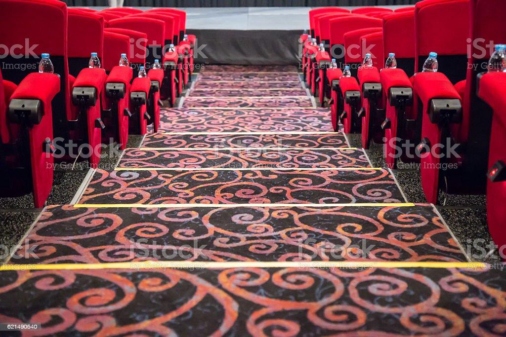 Vuoto rosso cinema e teatro posti foto stock royalty-free