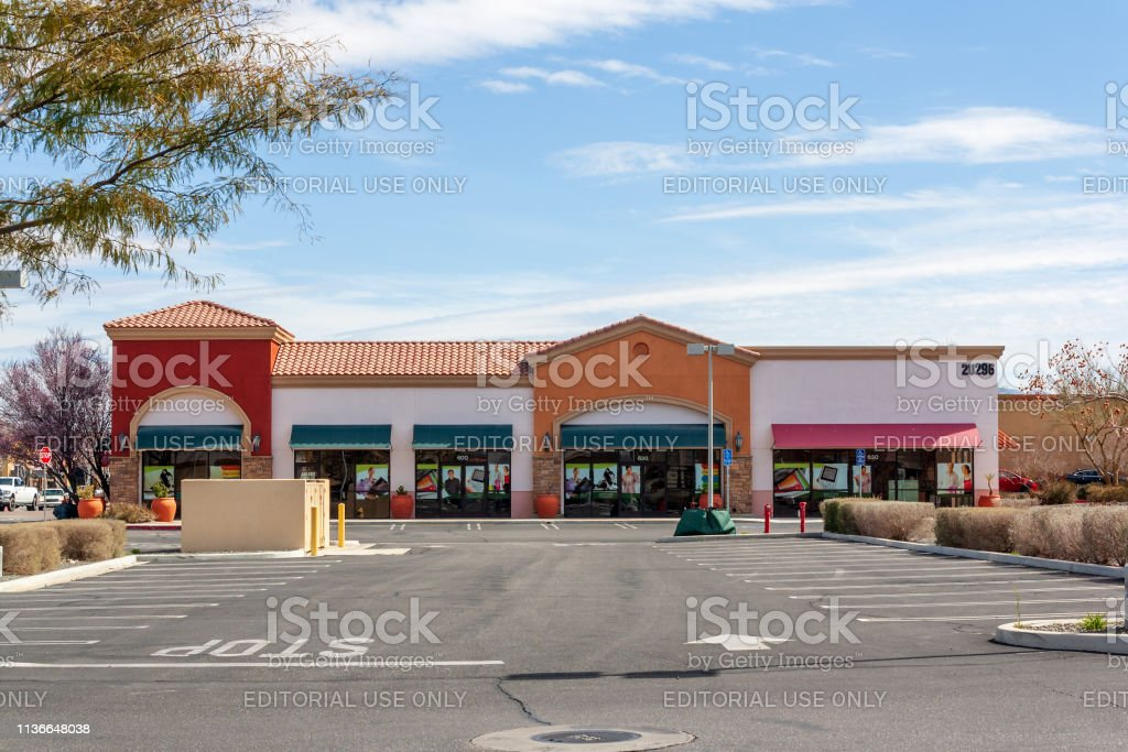 Modern retail building unoccupied and empty in the Mojave Desert town...
