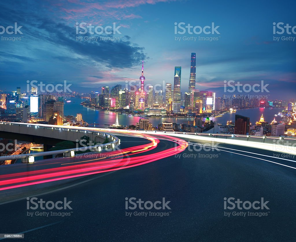 Empty road floor with bird-eye view at Shanghai bund Skyline foto royalty-free