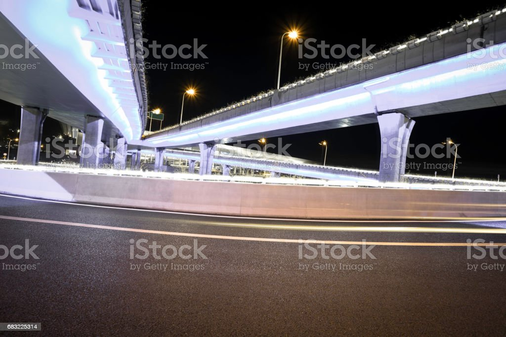 Empty road floor with city overpass viaduct bridge royalty-free 스톡 사진