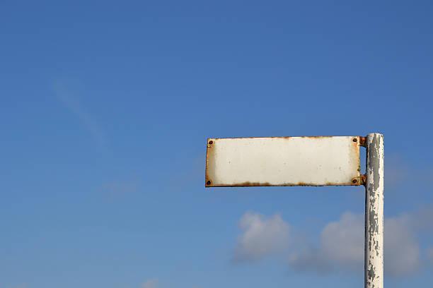 leere schild - straßenschild stock-fotos und bilder