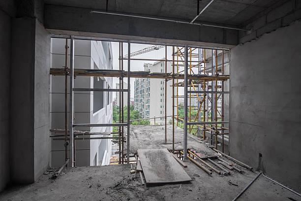 Leeren Raum mit Blick auf Baustelle – Foto