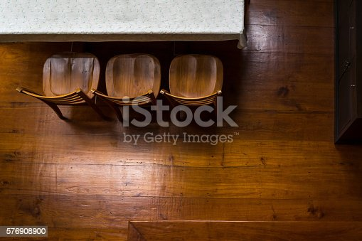847138534 istock photo Empty room with parquet flooring 576908900