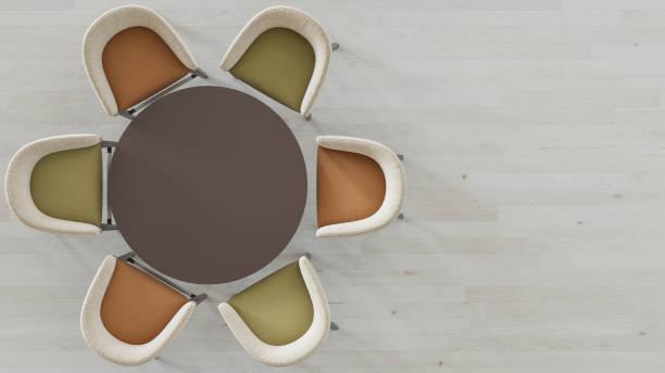 Leerer Runder Tisch mit sechs zweifarbigen Stühlen – Foto