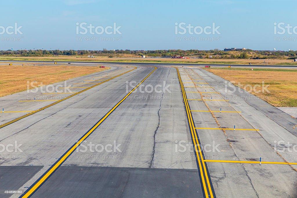 Vacío pasarela en el aeropuerto - foto de stock