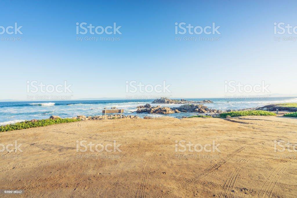 leeren Sandstrand mit Reifen Track, Kalifornien, USA. – Foto