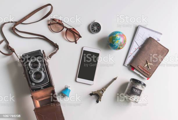 Empty screen smart phone with travel accessories and items on white picture id1097793208?b=1&k=6&m=1097793208&s=612x612&h=nxpxl9pj3ixv0ddiood vmgbpzgbghq8is znhs6cau=