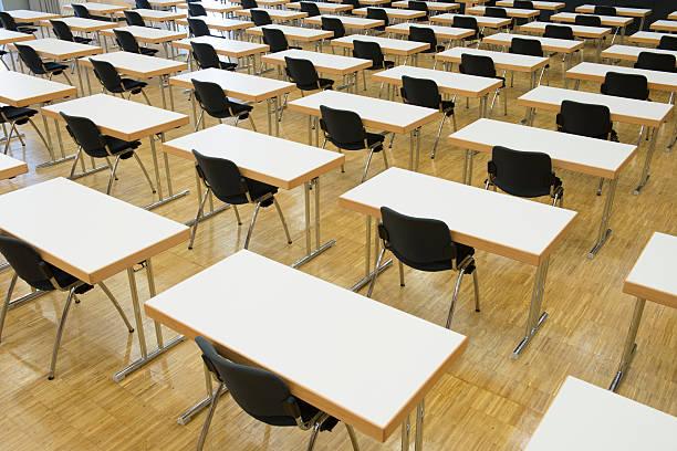 Leere Sitze, Prüfungsraum, Seminar – Foto