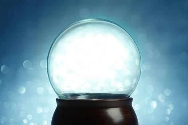 vide boule de neige décorative - boule de cristal photos et images de collection