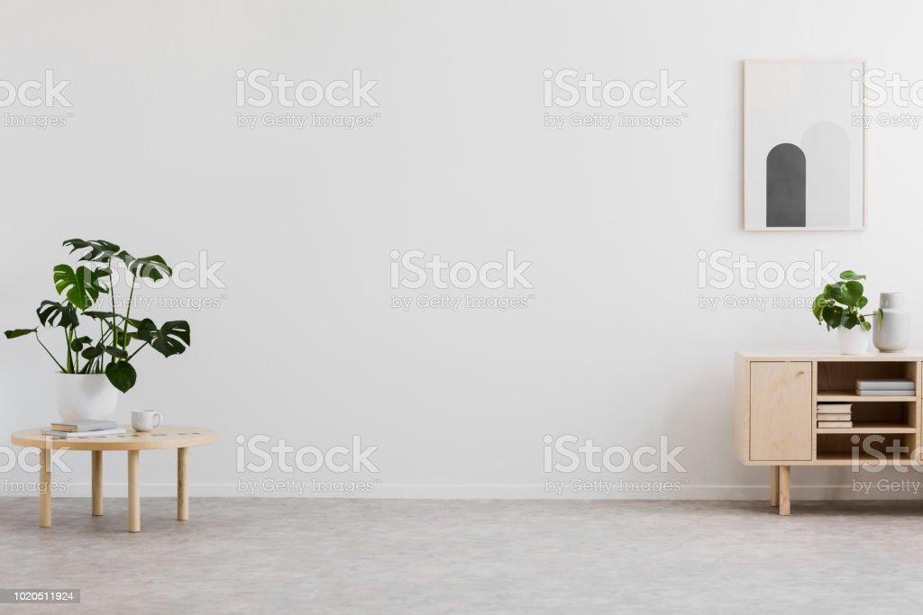tema de color para sala de estar Espacio Vaco Para Su Sof En La Foto Real Del Interior De