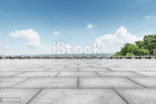 istock Empty square floor and blue sky nature landscape 893262558