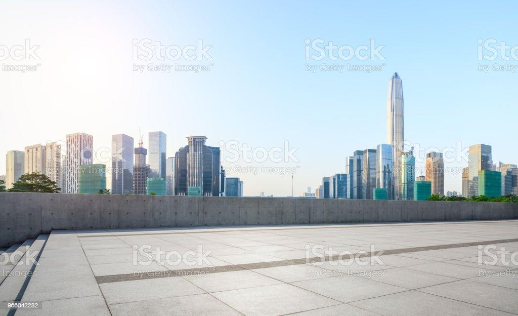 empty square floor and modern city skyline panorama in Shenzhen - Royalty-free Alto - Descrição Física Foto de stock