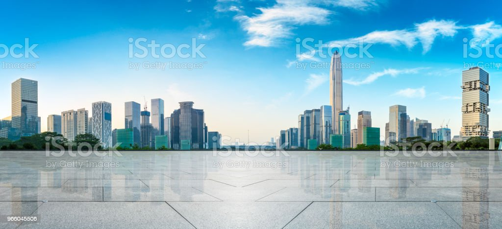 empty square floor and modern city skyline panorama in Shenzhen - Стоковые фото Азия роялти-фри