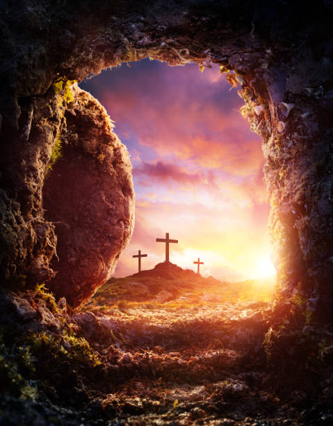 Empty Tomb - Crucifixion And Resurrection Of Jesus Christ Placo Of Burial With Rolled Stone tomb stock pictures, royalty-free photos & images