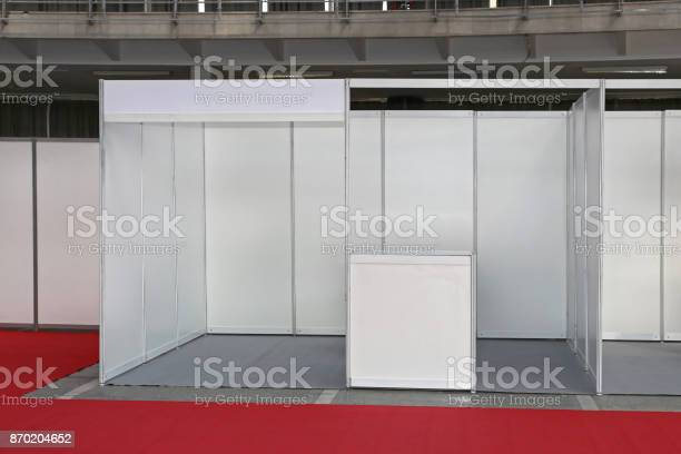 Empty trade stand picture id870204652?b=1&k=6&m=870204652&s=612x612&h=kdr8gr psgg3wy0dapdrktynon9kyo2g57jsgsqxjpu=