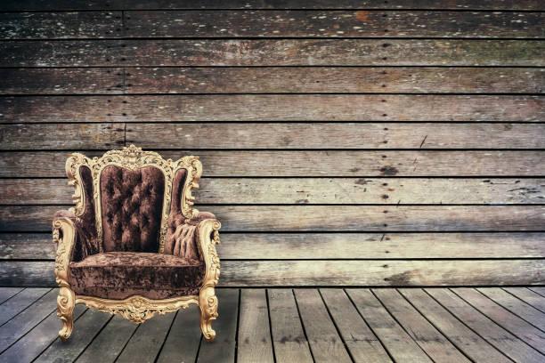 empty vintage chair in grunge old wooden room - diy leder stock-fotos und bilder