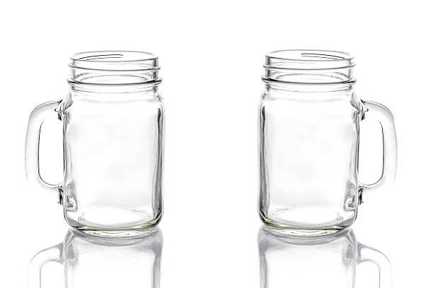 empty vintage mason jar on white background - tutamak üretilmiş nesne stok fotoğraflar ve resimler