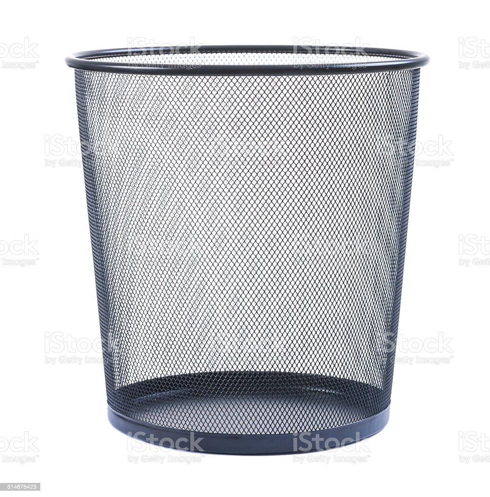 wastebasket vacía sobre fondo blanco - foto de stock