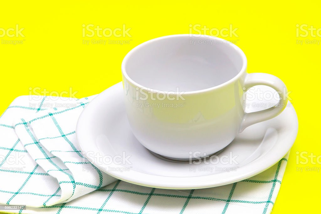 empty white coffee or tea cup with towel foto royalty-free