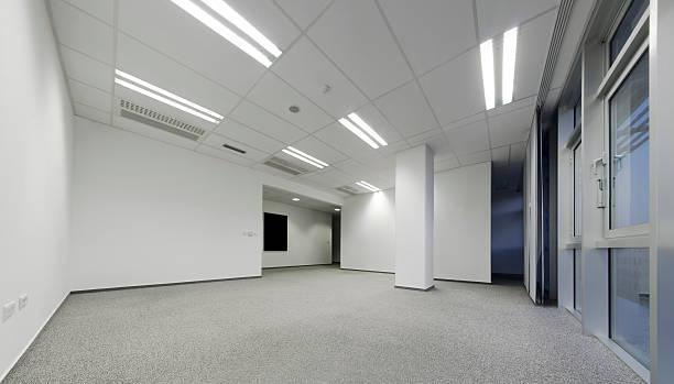 Bureau vide blanc - Photo