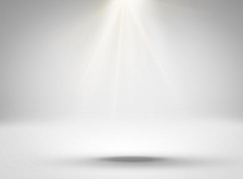 1015509020 istock photo Empty white room with lighting 628735108