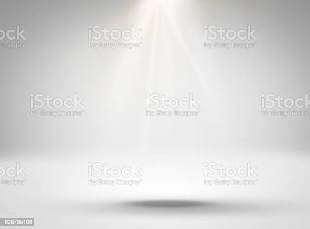 Empty white room with lighting picture id628735108?b=1&k=6&m=628735108&s=612x612&h=aslse5h8j2dd846fi5noeihcwkpo882xufoj4icx0di=