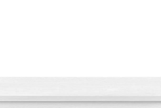 白い背景の空の白い木のテーブルの上、プロダクトの表示のためのテンプレートのモックアップ - 窓口 ストックフォトと画像