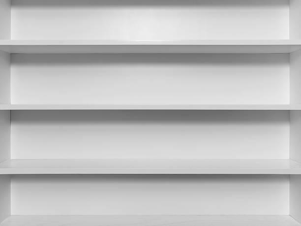 leere weiße holz bücherregal - offene regale stock-fotos und bilder